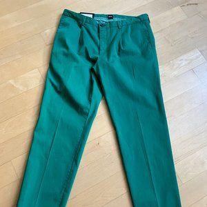 Hugo Boss NWT Sleat green tapered leg 32R stretch